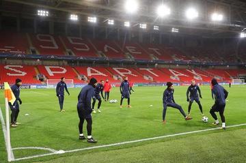 Sevilla busca un triunfo en su visita a Spartak