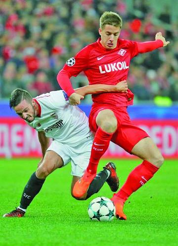 Spartak de Moscú golea 5-1 a un Sevilla sin rumbo