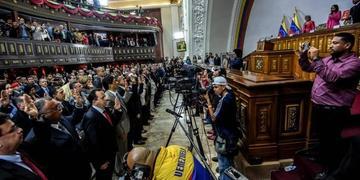 La Constituyente posesiona a 18 gobernadores en Venezuela