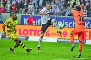Borussia Dortmund empata contra Eintracht Fráncfort