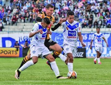 San José golea 4-0 al Tigre