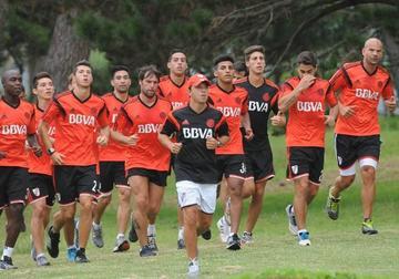 River quiere dar el primer golpe a Lanús en la Libertadores