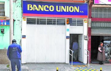 Indagación por desfalco al Banco Unión se amplía a 35 funcionarios