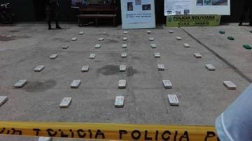 Felcn incauta más de 60 kilos de cocaína en tres operativos en Santa Cruz