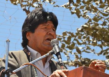 "Evo: Chile hizo ""oferta secreta"" a Bolivia en 1975 para salida al mar"