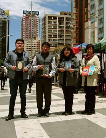 Autores potosinos destacan en feria nacional de La Paz