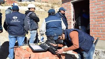 ATT secuestra equipo de 7 emisoras ilegales en Oruro