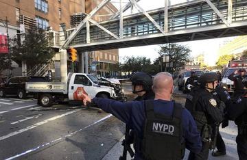 """Confirman ocho fallecidos en un """"acto terrorista"""" en Nueva York"""
