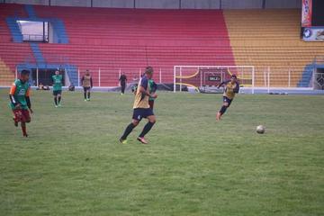 Real Potosí bosqueja su onceno titular para enfrentar a Universitario