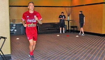 FIFA suspende a Paolo Guerrero por dopaje