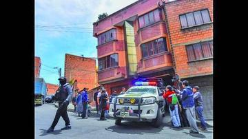 Fiscales analizan caja fuerte del principal implicado en caso Banco Unión