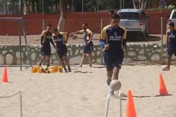 Torres y Rivero jugarán condicionados