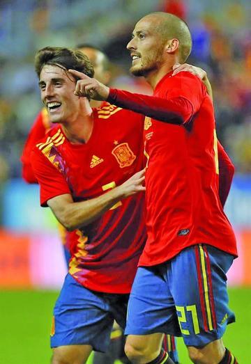"""España golea a Costa Rica en """"La Rosaleda"""""""