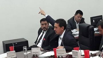 Legislativo convoca a sesión para interpelar al titular de Economía