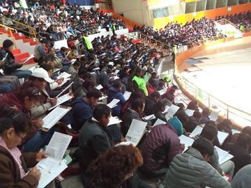 Más de 2.000 maestros dieron examen para cargos educativos