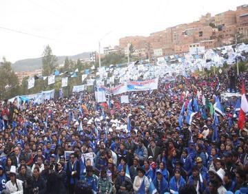 Preparan marcha de apoyo a la repostulación de Morales