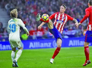 Atlético y Real no pasan del empate