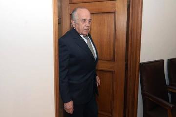 Chile investiga al presidente del Senado por tráfico de migrantes