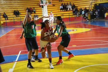 Potosí cae ante Bermejo en el nacional de básquet