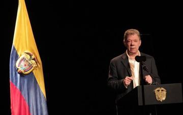 Juan Manuel Santos pide a Nicolás Maduro aceptar el apoyo humanitario