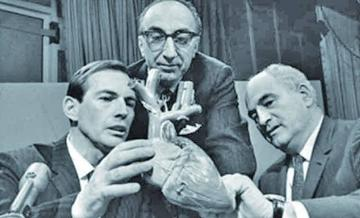 Conmemoran 50 años del primer trasplante de corazón