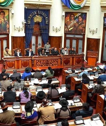 MAS retira cuestionado proyecto de ley sobre la labor de la prensa