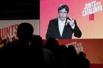 Quitan orden de detención al líder independentista Puigdemont