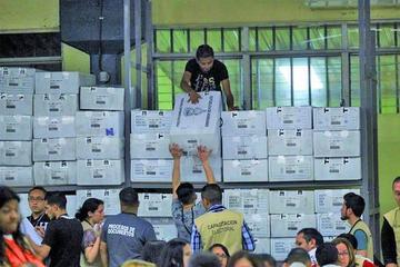 Oposición pide revisar todas las actas de comicios de Honduras