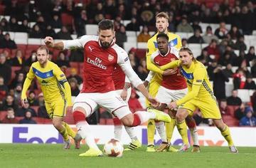 Arsenal humilla 6-0 a BATE y cierra a lo grande la fase de grupos de la Liga Europa