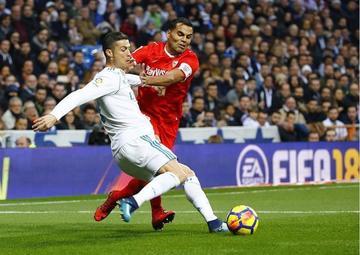 "Real Madrid golea 5-0 a Sevilla en el ""Bernabéu"""
