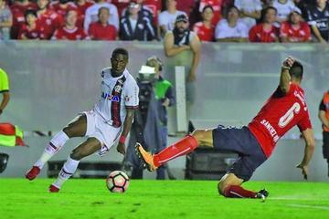 Flamengo e Independiente luchan por el título de la Sudamericana