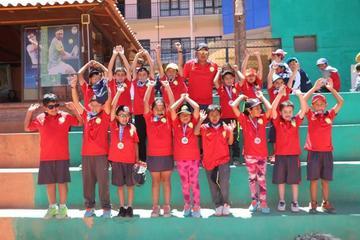 Reconocen a tenistas por lograr medallas para Potosí