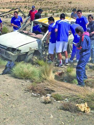 Jugadores de San José pasan susto para llegar a Potosí