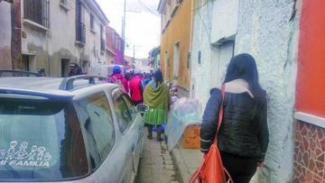 Vecinos denuncian inseguridad vial en las calles de la ciudad