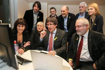 Los independentistas repiten la mayoría absoluta en Cataluña