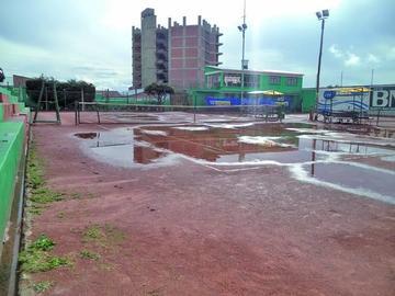 Postergan la final del torneo de tenis por lluvias