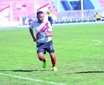 Thiago Do Santos se queda en Nacional