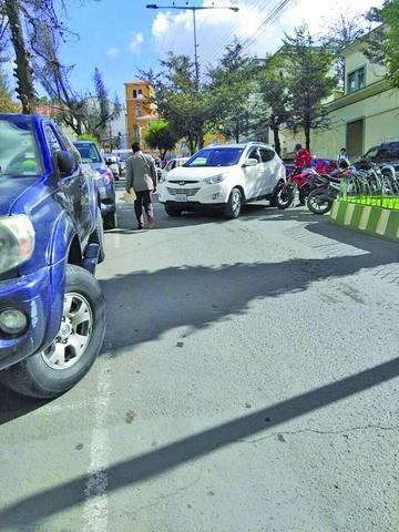 Crece el congestionamiento vehicular debido a las fiestas