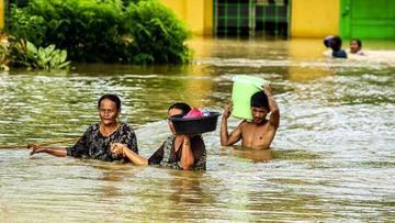 Evacúan a 650.000 personas en Vietnam por la tormenta Tembin