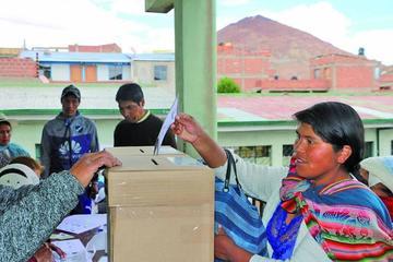 Se impulsa revocatorio de mandato en seis instituciones de Potosí