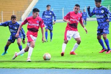 Potosinos buscan acercarse al líder de la Copa Bolivia
