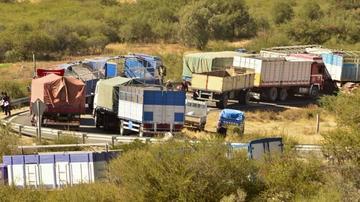 Transporte pesado marchará hoy en respaldo al sector de Salud