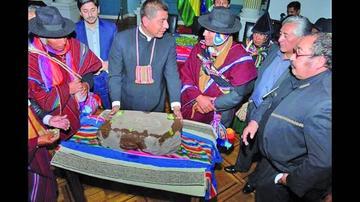Vuelve a Bolivia la huella más antigua