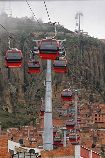 Alcalde anuncia que 2018 será el año del teleférico para Potosí