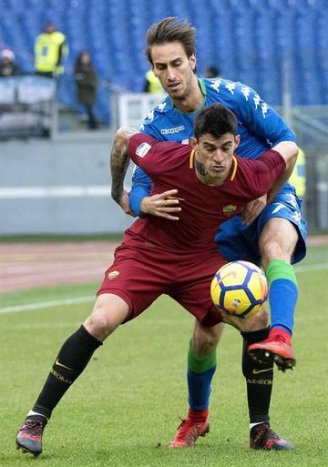 Roma iguala y Benevento logra su primer triunfo
