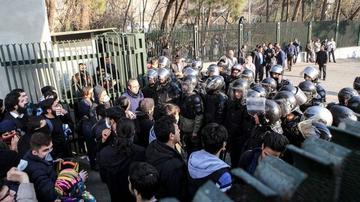 Reportan 9 nuevas muertes durante las protestas en Irán