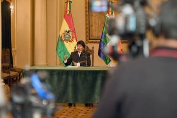 Afirman que un periodista solicitó cargo diplomático