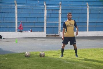 Nacional contrata a Gerardo Yecerotte y Bidari García