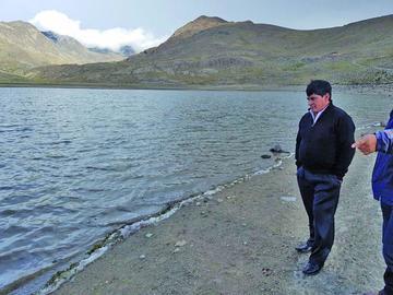Las reservas de agua suben en las lagunas del Kari Kari