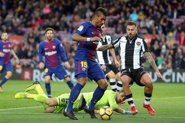 Barcelona vence a Levante